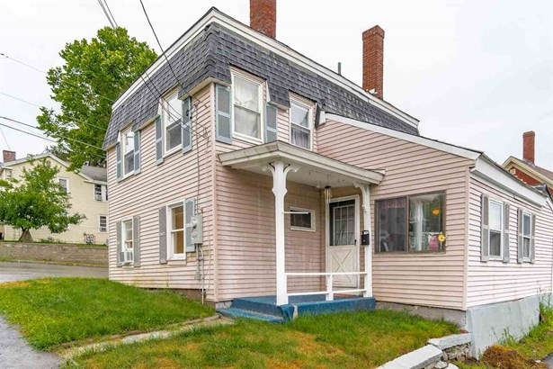 Antique,Colonial, Single Family - Pembroke, NH (photo 1)