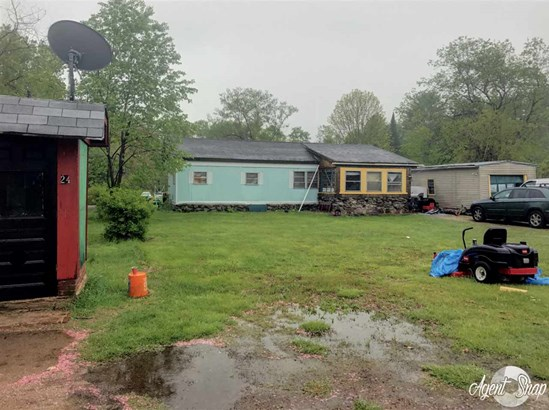 Mobile Home, Cabin,Manuf/Mobile - Milton, NH (photo 1)