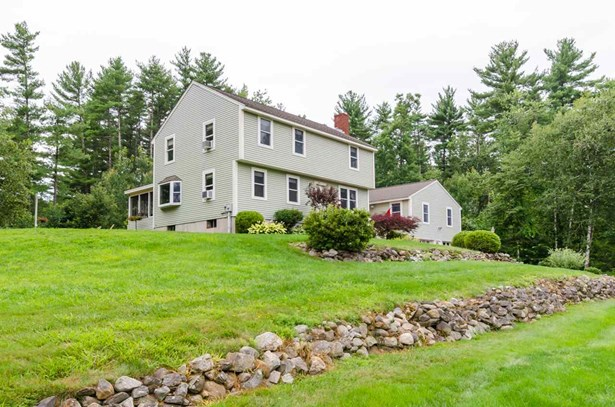Garrison, Single Family - Londonderry, NH (photo 1)