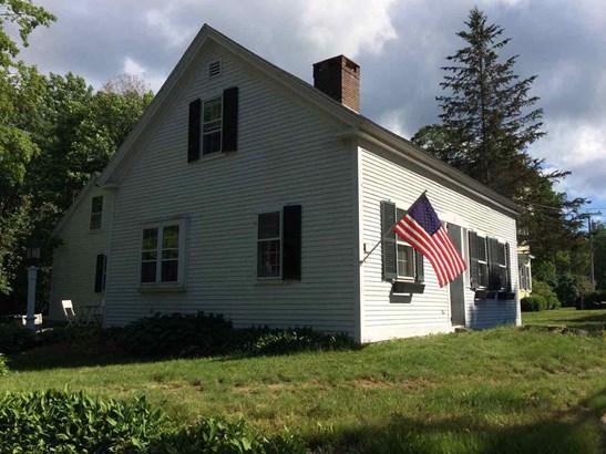 Antique,Cape, Single Family - Hancock, NH (photo 2)