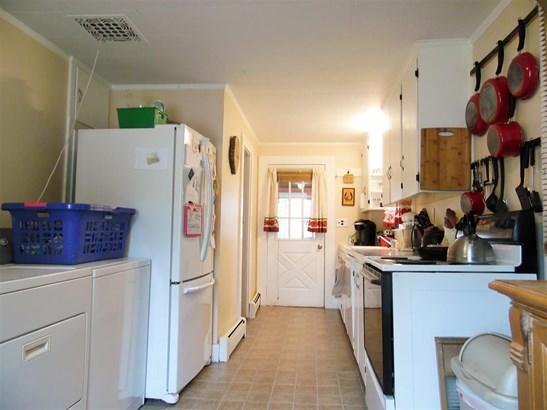 New Englander, Single Family - Franklin, NH (photo 3)