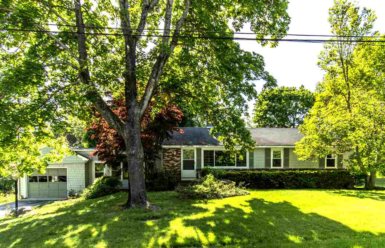 Ranch, Single Family - Exeter, NH (photo 1)