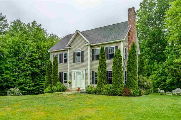 Colonial,Walkout Lower Level, Single Family - Rindge, NH (photo 1)