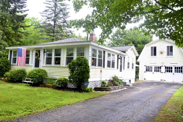 Bungalow, Single Family - Concord, NH (photo 1)