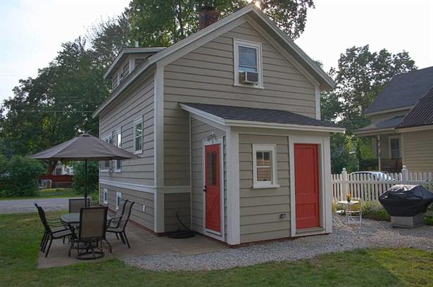 New Englander, Single Family - Rochester, NH (photo 4)