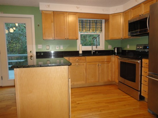 Townhouse, Condo - Milford, NH (photo 5)