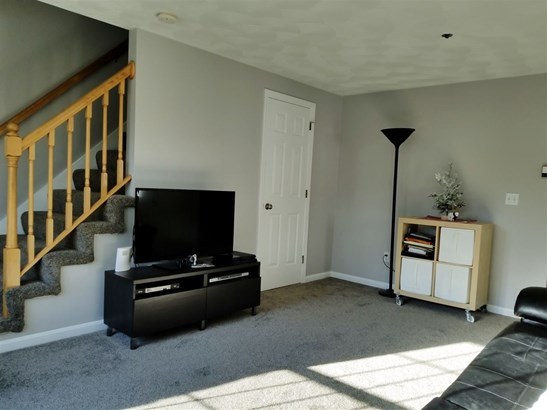 Townhouse, Condo - Atkinson, NH (photo 3)