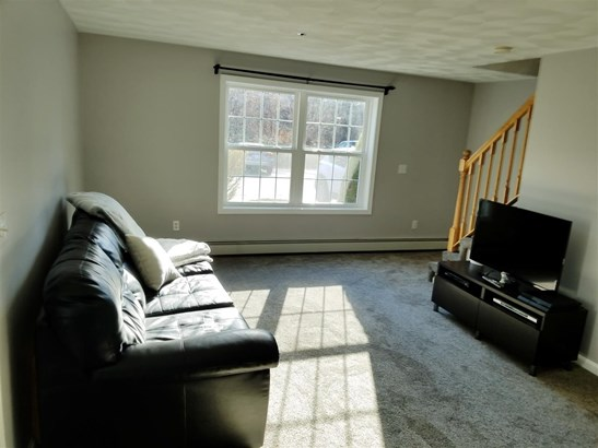 Townhouse, Condo - Atkinson, NH (photo 4)