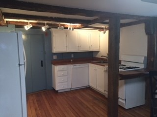 Antique,Colonial, Apartment - Newfields, NH (photo 5)