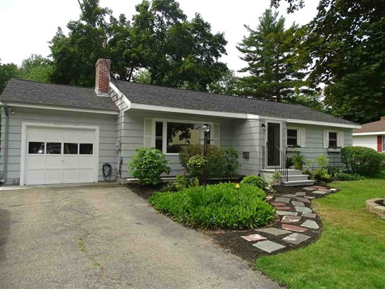 Ranch, Single Family - Somersworth, NH (photo 1)