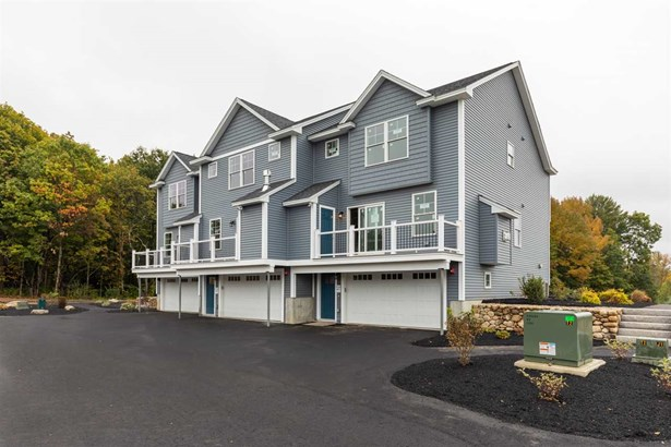 Townhouse, Condo - Somersworth, NH