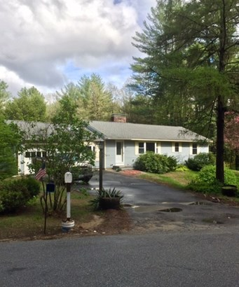 Ranch, Single Family - Bedford, NH (photo 2)