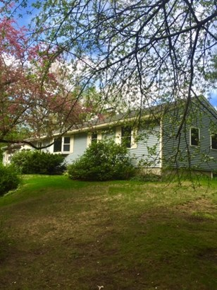 Ranch, Single Family - Bedford, NH (photo 3)