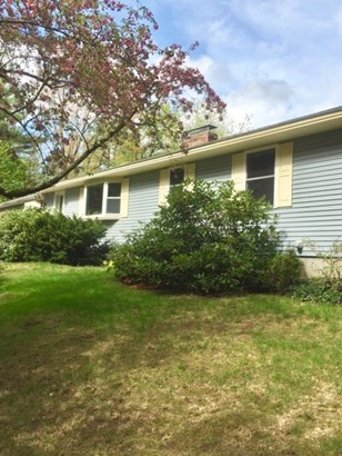 Ranch, Single Family - Bedford, NH (photo 4)