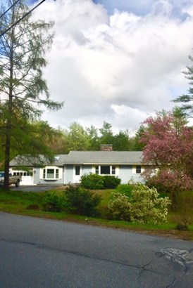Ranch, Single Family - Bedford, NH (photo 5)