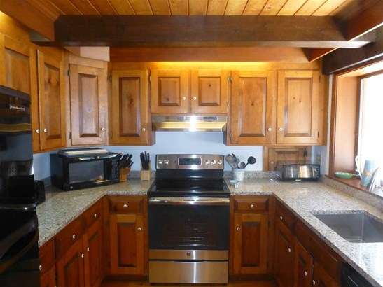 Chalet,w/Addition,Walkout Lower Level, Single Family - Moultonborough, NH (photo 5)