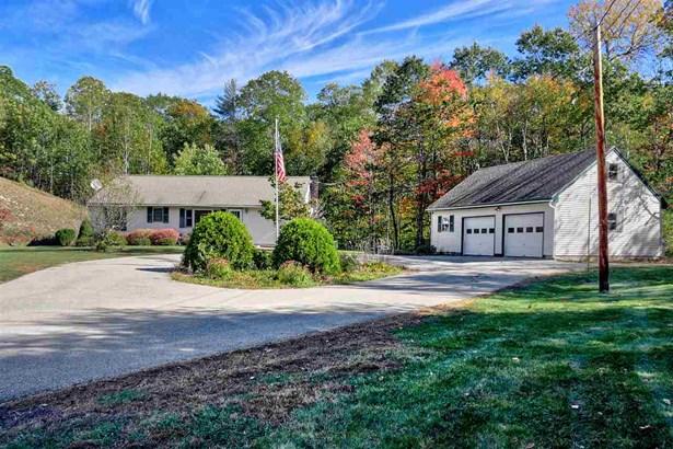 Ranch,Walkout Lower Level, Single Family - Bennington, NH (photo 1)