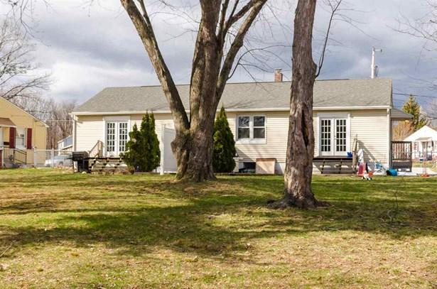 Duplex,Ranch, Multi-Family - Manchester, NH (photo 2)