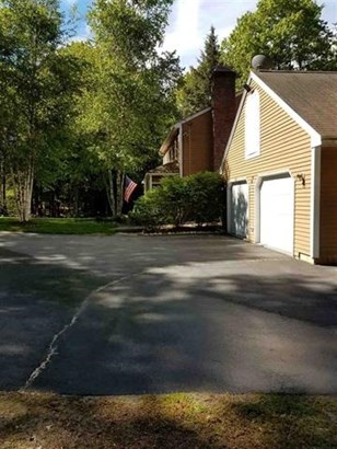Colonial, Single Family - New Hampton, NH (photo 4)