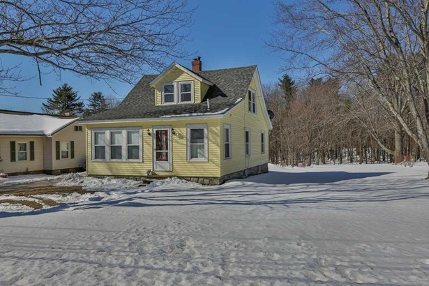 Cape, Single Family - Manchester, NH (photo 3)