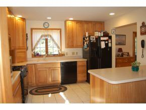 Cape,Walkout Lower Level, Single Family - Newport, NH (photo 3)