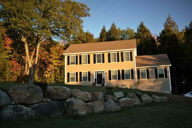 Colonial, Single Family - Antrim, NH (photo 1)
