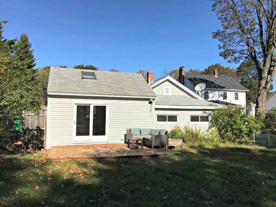 Bungalow, Single Family - Rochester, NH (photo 3)