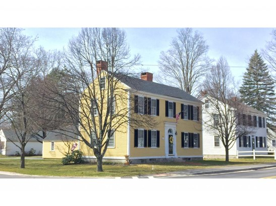 Antique,Colonial, Single Family - Amherst, NH (photo 2)