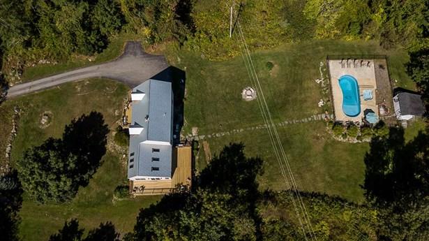 Cape, Single Family - Laconia, NH (photo 1)