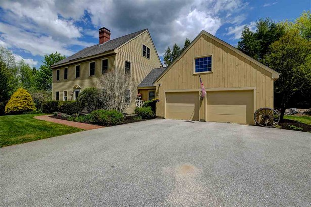 Colonial,Reproduction,Saltbox, Single Family - New Boston, NH (photo 2)