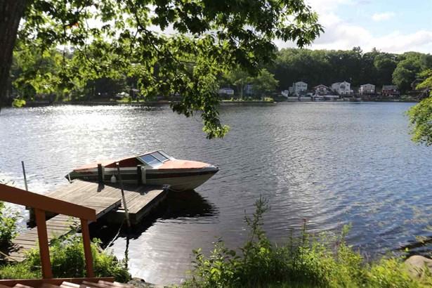 Contemporary,Conversion,Walkout Lower Level, Single Family - Salem, NH (photo 2)