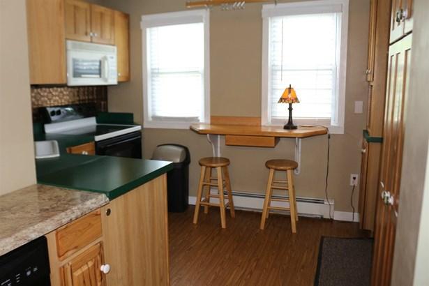 Contemporary,Conversion,Walkout Lower Level, Single Family - Salem, NH (photo 4)