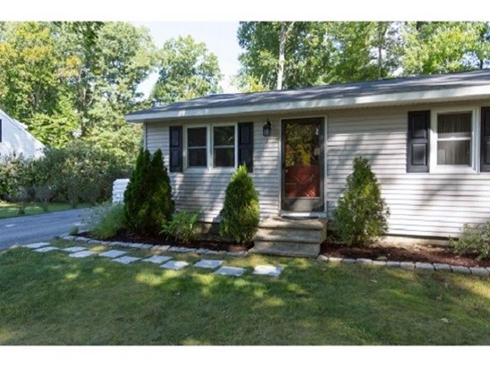 Ranch, Single Family - Exeter, NH (photo 2)