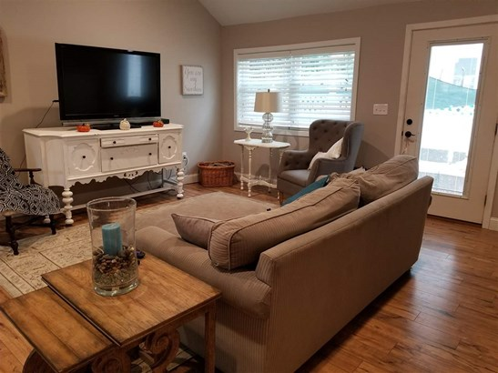 Cottage/Camp, Single Family - Amherst, NH (photo 5)