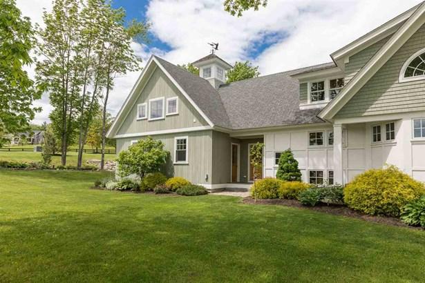 Adirondack,Farmhouse,Modern Architecture,Walkout Lower Level - Single Family (photo 3)