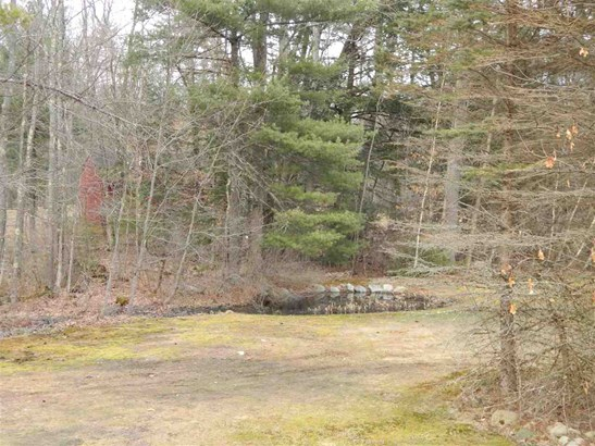 Raised Ranch, Single Family - Farmington, NH (photo 4)