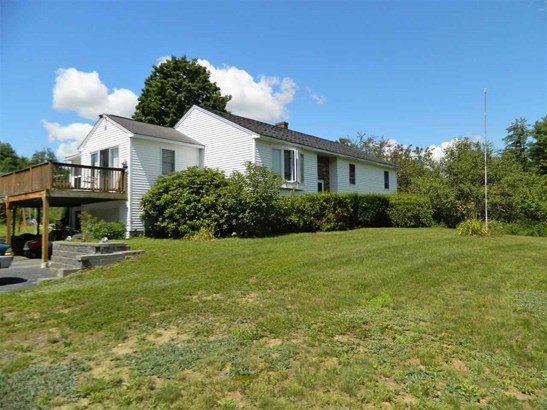 Raised Ranch, Single Family - Northfield, NH (photo 1)