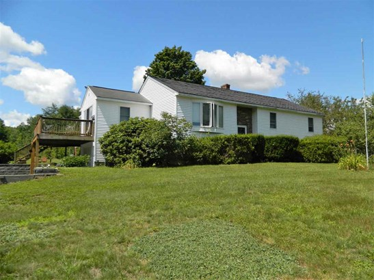 Raised Ranch, Single Family - Northfield, NH (photo 2)