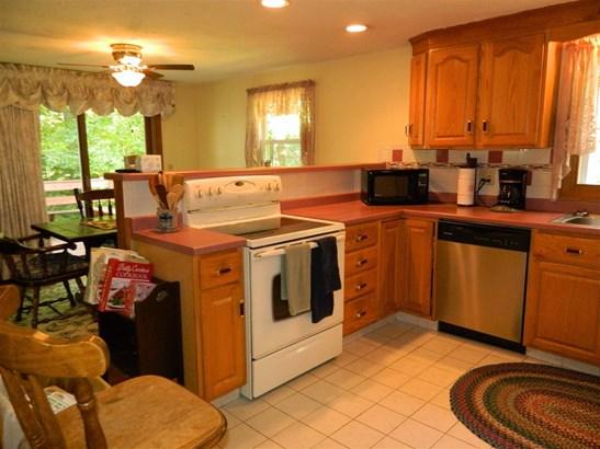 Ranch,Split Level, Single Family - Sanbornton, NH (photo 5)