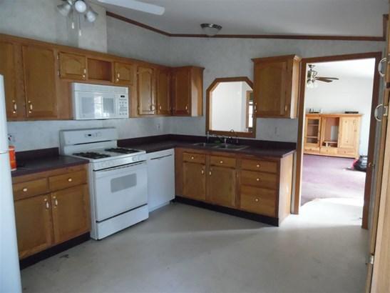Mobile Home, Ranch - Hopkinton, NH (photo 2)