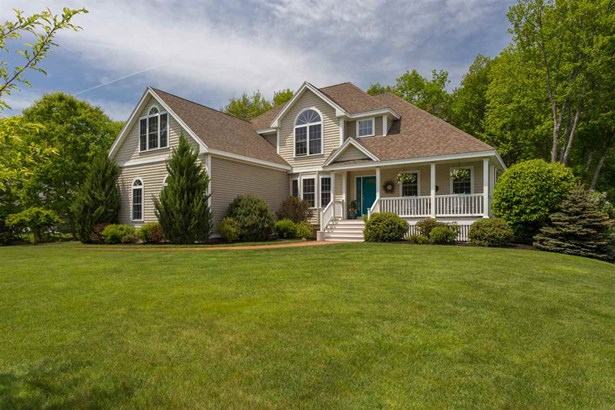 Colonial,Contemporary, Single Family - Rochester, NH