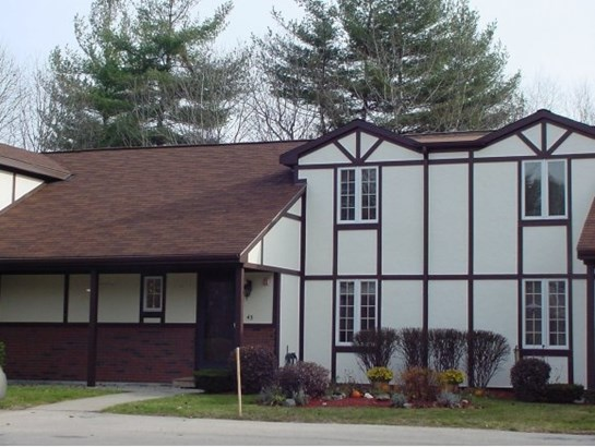 Condo, Townhouse,Tudor - Atkinson, NH (photo 1)