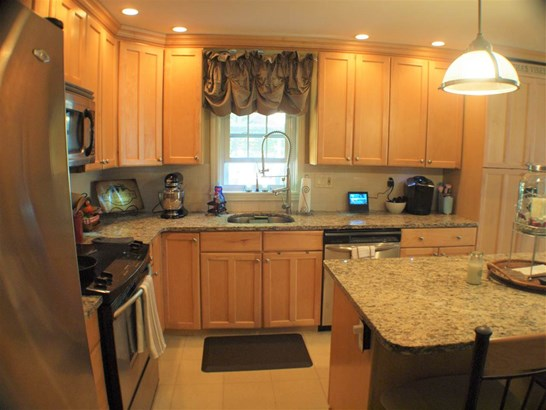 Colonial, Single Family - Goffstown, NH (photo 5)