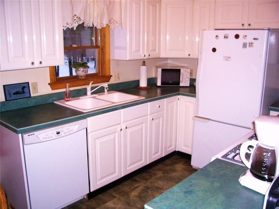 Bungalow,Cottage/Camp, Single Family - Parsonsfield, ME (photo 2)
