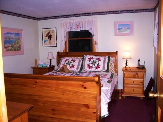 Bungalow,Cottage/Camp, Single Family - Parsonsfield, ME (photo 5)