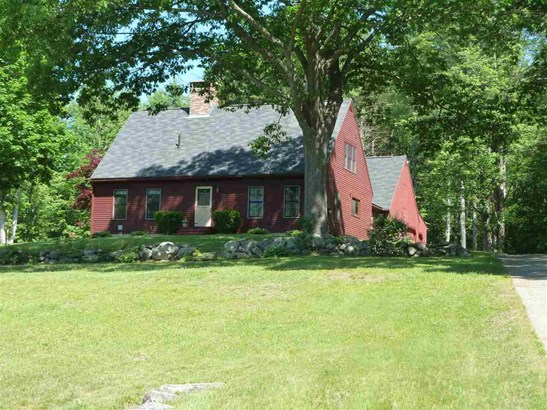 Cape, Single Family - Franklin, NH (photo 5)