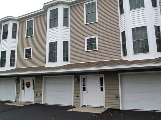 Townhouse, Condo - Wells, ME (photo 2)