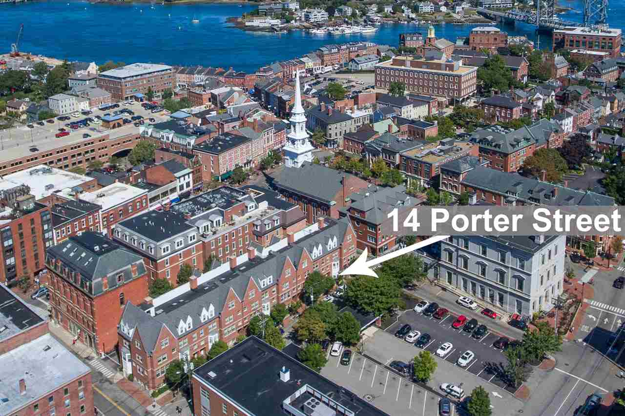 Townhouse, Condo - Portsmouth, NH (photo 2)