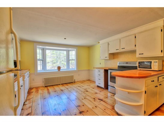 Cape, Single Family - Francestown, NH (photo 5)