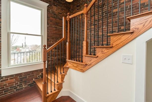 Multi-Level, Apartment - Somersworth, NH (photo 4)